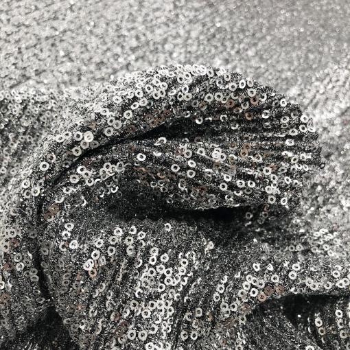Трикотаж нарядный стрейч Valentino с пайетками серебристого цвета