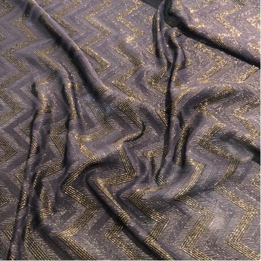 Шелк жаккардовый принт узор в коричнево-баклажанных тонах