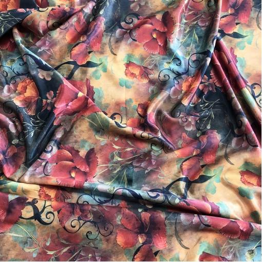 Вискоза с шелком атласная принт Ferragamo винтажные цветы и вензеля