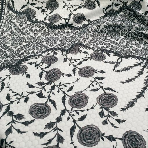 Жаккард купонный принт Cavalli черно-белая гамма