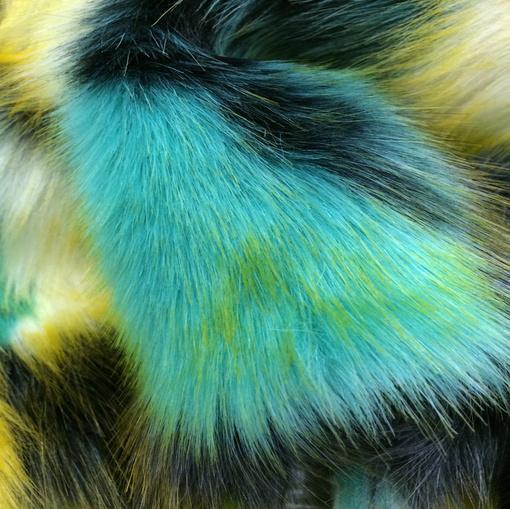 Мех искусственный длинноворсовый на трикотажной основе желто-зеленый