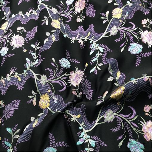 Жаккард нарядный дизайн Gucci цветочные гирлянды в сиренево-голубых тонах