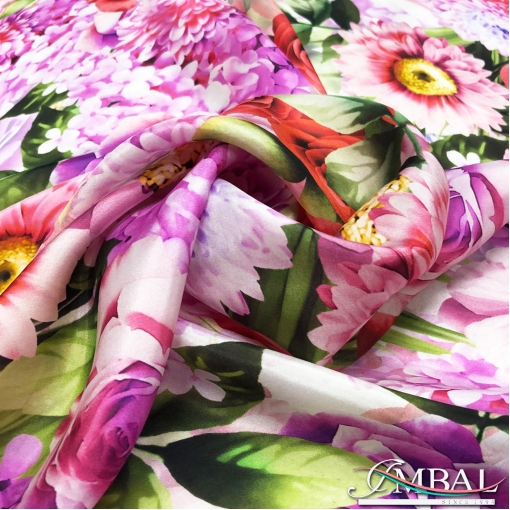 Шёлк атласный легкий принт Blumarine цветы в розово-сиреневых тонах
