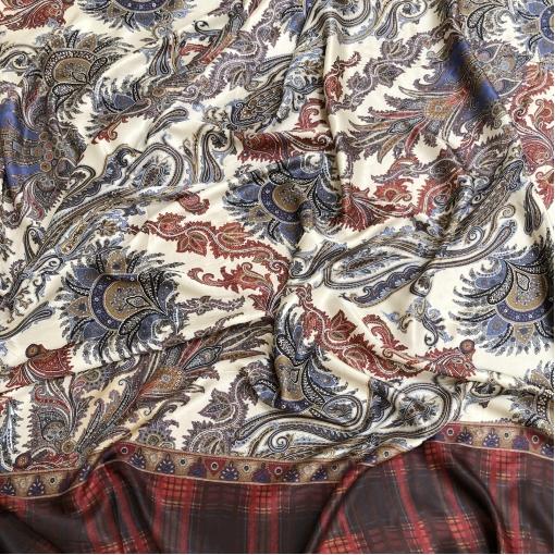 Шелк атласный принт ETRO продольный купон огурцы и орнамент в сине-бордовых тонах