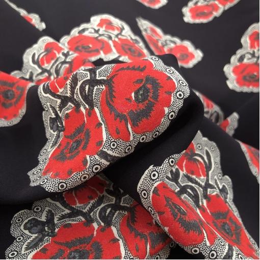 Шелк креповый стрейч принт Blumarine стилизованные букетики на черном фоне