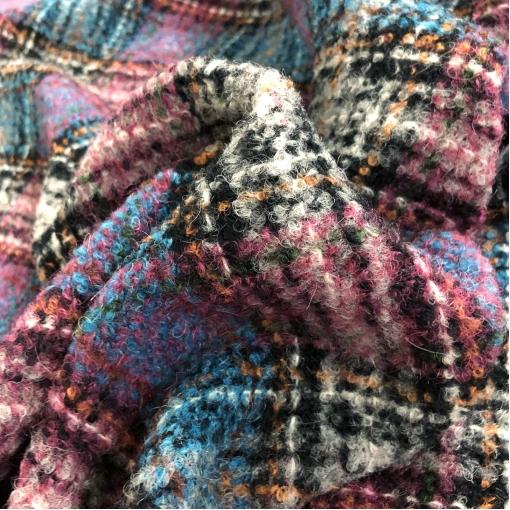 Ткань пальтовая букле дизайн Ferragamo клетка в розово-голубых тонах