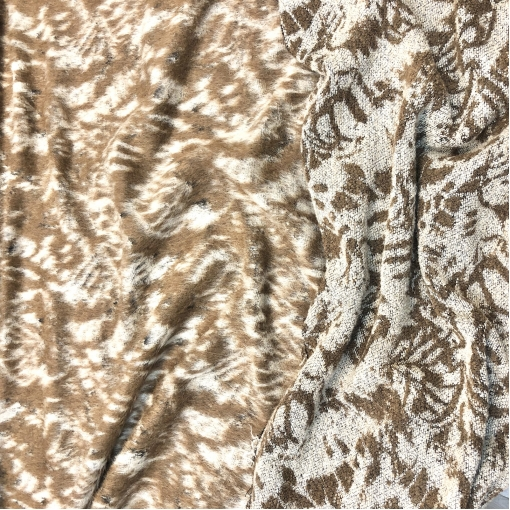 Пальтовая двухсторонняя шерсть дизайн Ferragamo с ворсом в коричневых тонах