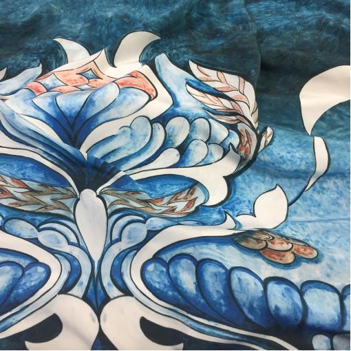 Шелк купон принт Lacroix акварельные фантазийные цветы