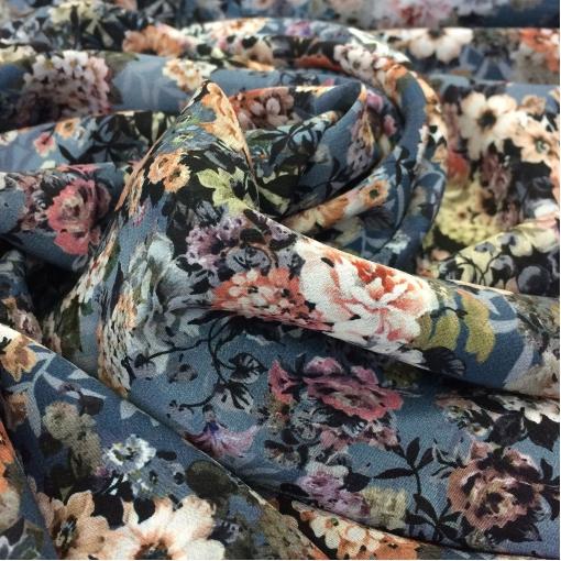 Шелк креповый принт Blumarine мелкие серо-черные цветы