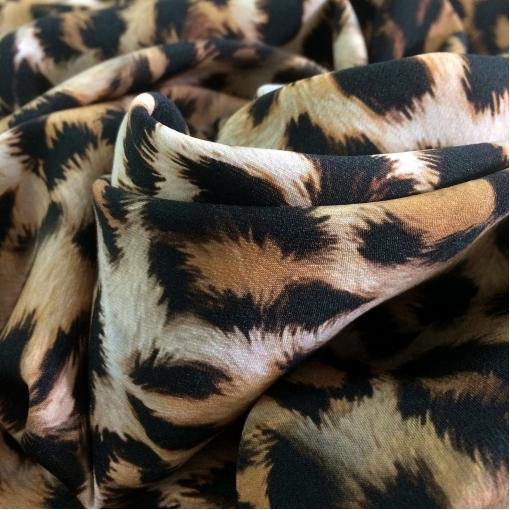Шелк креповый стрейч Gucci принт имитация меха леопарда