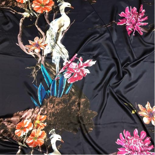 Шелк атласный принт Gucci купон птица на ветвях на синем фоне