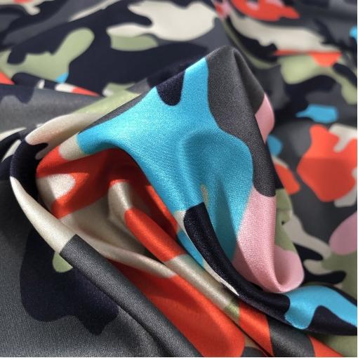 """Шелк атласный стрейч принт Valentino стилизованное """"милитари"""""""