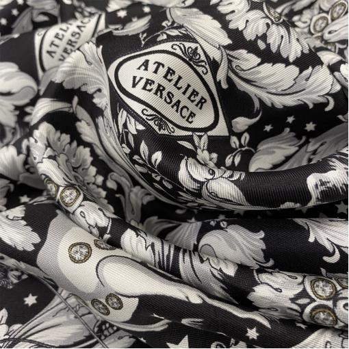 Шелк твил принт Versace черно-белый растительный орнамент