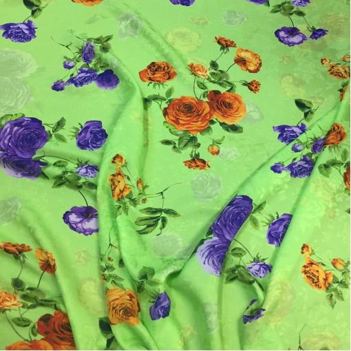 Шелк жаккародвый принт Enzo Galli нежные цветы на салатовом фоне