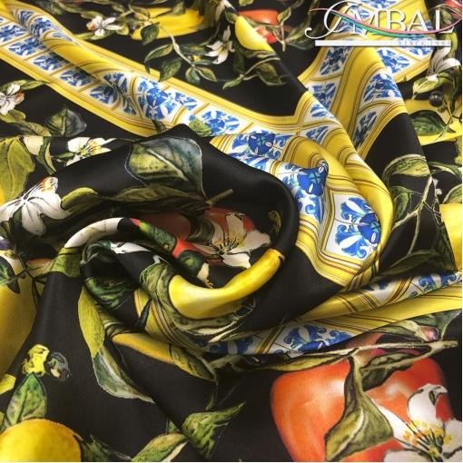 Шелк матово-атласный платки 70х70 принт D&G лимоны и мозаика
