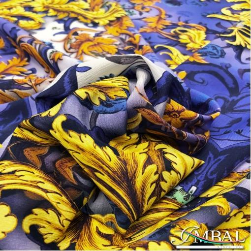 Шёлк креш стрейч принт Versace золотые вензеля на ярко-синем
