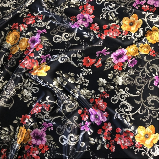 Шелк атлас стрейч принт D&G  вензеля цветы и ключики на черном фоне