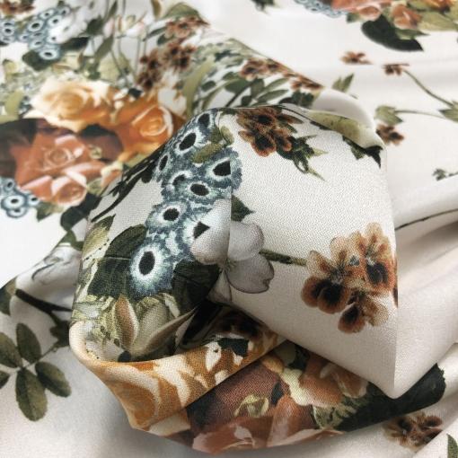 Шелк матово-атласный стрейч принт D&G цветочные букеты на пудровом фоне