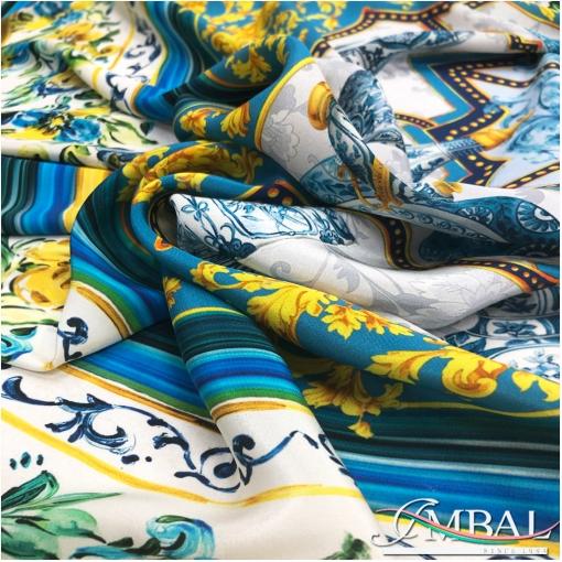 """Шелковый креповый платок 140х140 см дизайн  """"фарфор"""" в желто-синей гамме"""