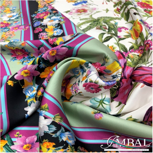 Шелк твил мягкий платок 140х140 см дизайн Celine полевой букет с бантом