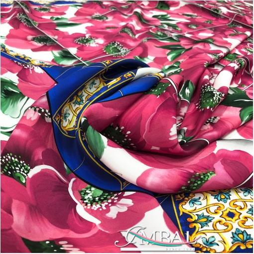 Шелк атласный платок 137х137 см дизайн  маки в рамках