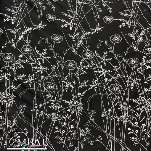 Шелк вышитый дизайн Dior белые полевые цветы на черном фоне